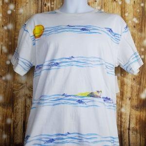 SGR white beach T shirt with Ocean graphics sz Med